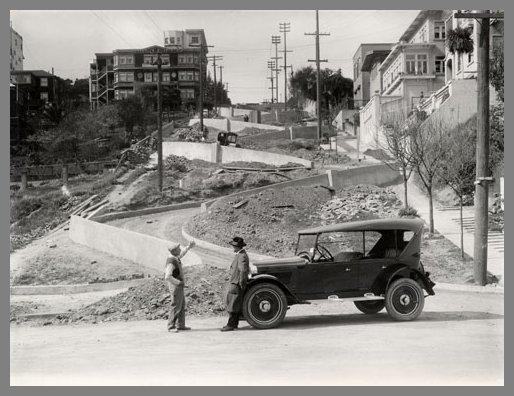 Lombard Street durante su coinstruccíon en los años 20