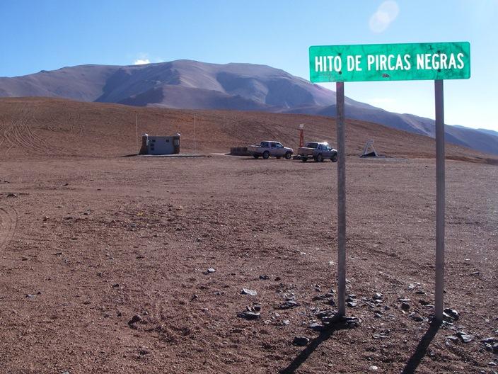 Paso de Pircas Negras