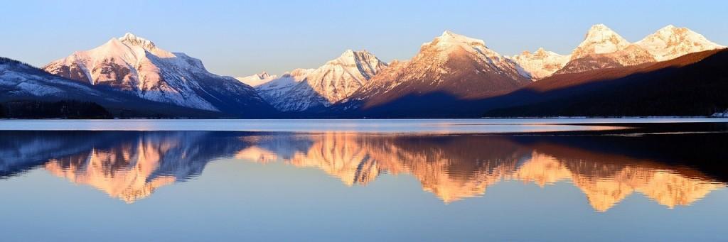 El lago McDonald en el Glacier National Park