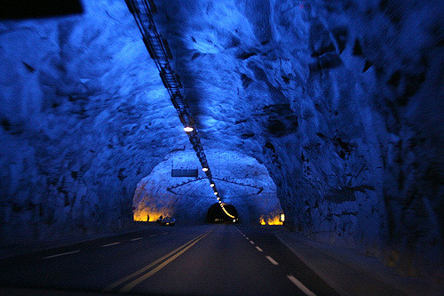 laerdal-tunnel-azul
