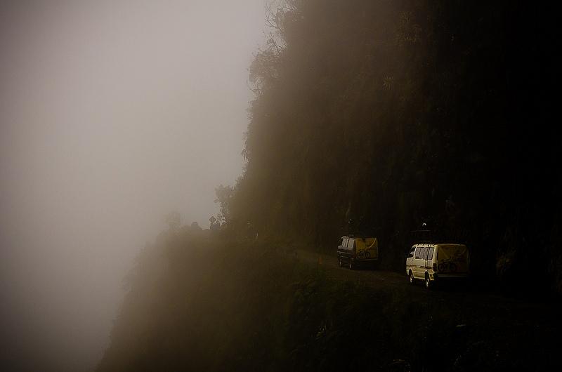 Niebla en la Carretera de la Muerte