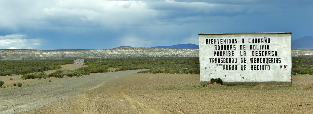 Entrada en Charana, en el lado boliviano