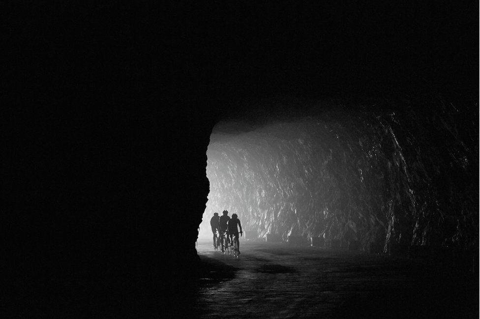 Túnel del Co d'Aubisque, foto de Michael Blann
