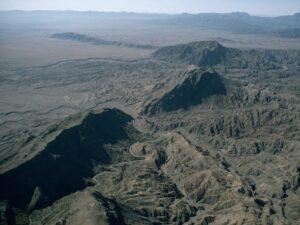 Cordillera de Safēd Kōh, atravesada por el Khyber Pass
