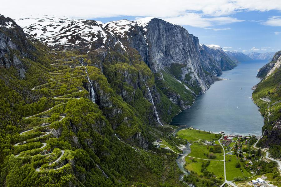 Lysebotn, el fiordo de Lyse y la carretera Lysevegen