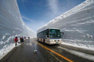 Autobús en Tateyama Kurobe
