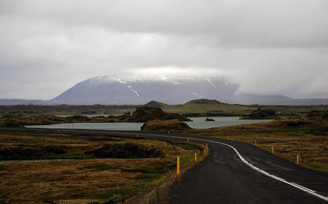 La carretera llegando al lago de Myvatn