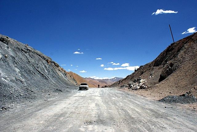 Punto más alto del Ak Baital Pass